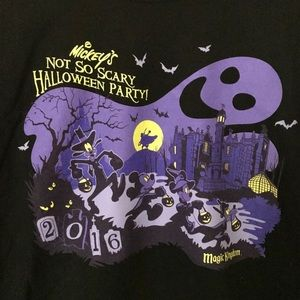 super cute disney halloween tee!